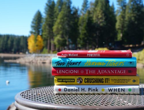 5 AMAZING BOOKS FOR YOGA BUSINESS