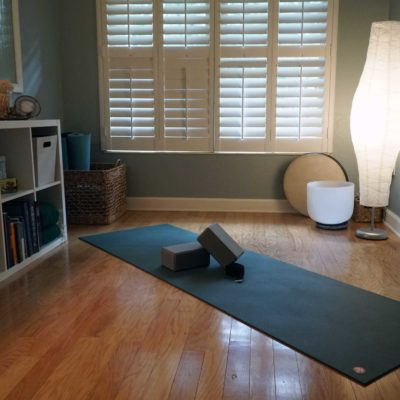 Sciatica refers to pain that extends down the sciatic nerve and 40% of adults have a chance of experiencing it in their lifetime. This includes many of your yoga clients! This yoga sequence for sciatica is a resource you can share with those students who want to alleviate pain by stretching at home.