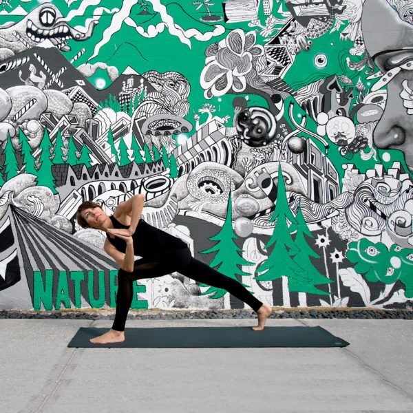 This yoga photo shoot checklist will guide you through clear steps to take before your next photo shoot--saving you time and energy along the way!