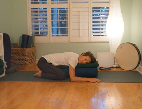 RESTORATIVE YOGA TO REDUCE HOLIDAY STRESS
