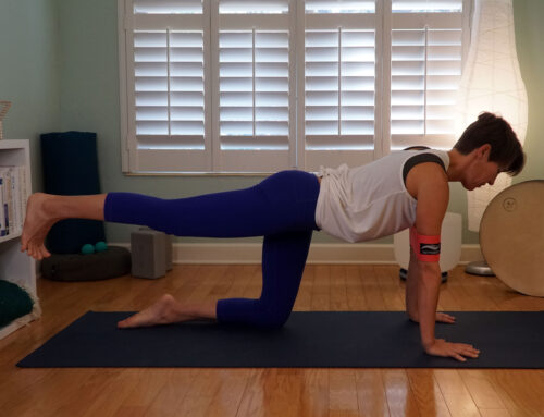 USE RESISTANCE BANDS IN YOGA FOR SHOULDER STABILITY